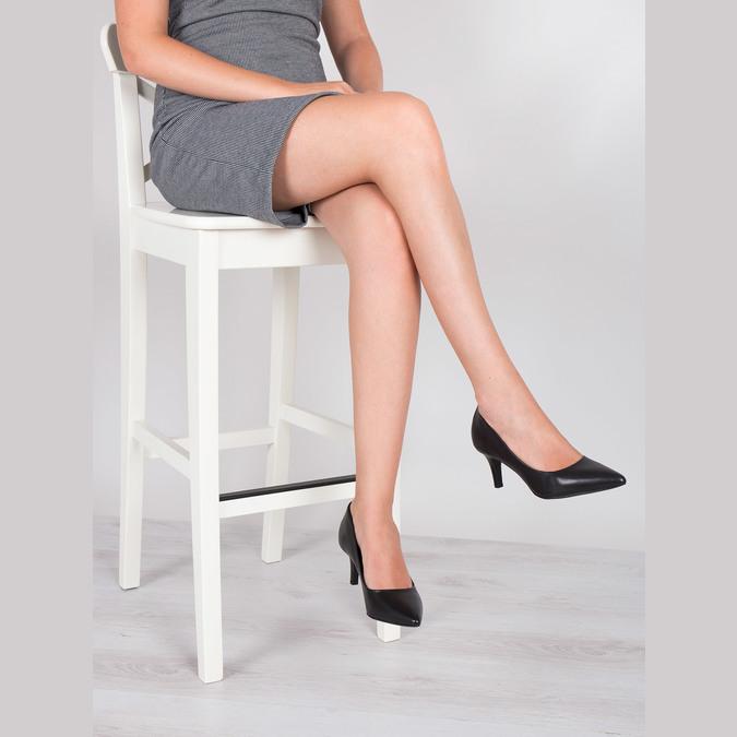 Ladies' leather pumps pillow-padding, black , 624-6642 - 18