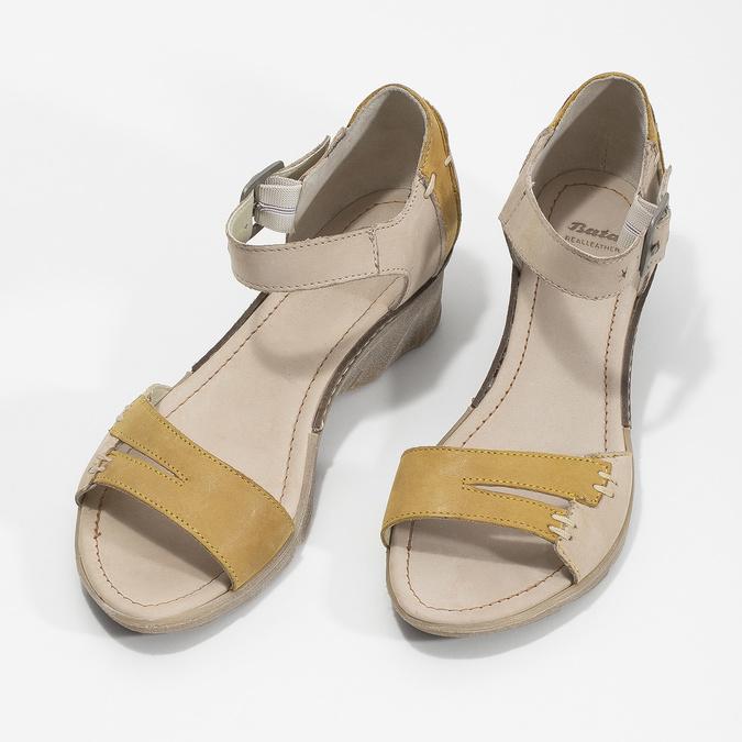 Leather wedge-heel sandals bata, gray , 626-2642 - 16